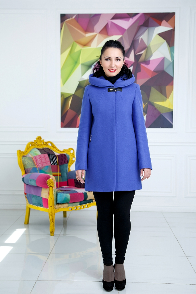Модель 503, цвет Виола, размер 44,46,48. цена 8900 рублей.