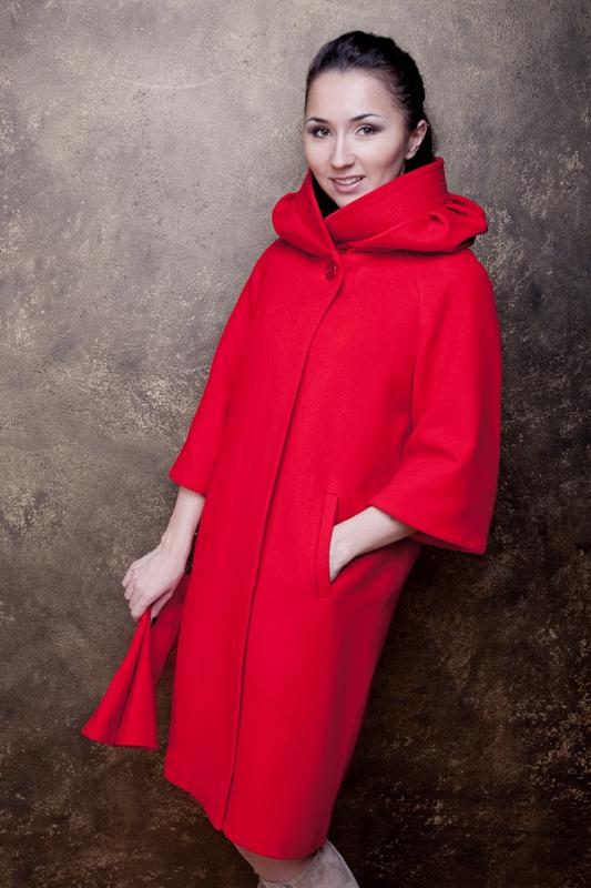 Модель 908, цвет красный, размер 42,44,46. цена 7500 рублей.